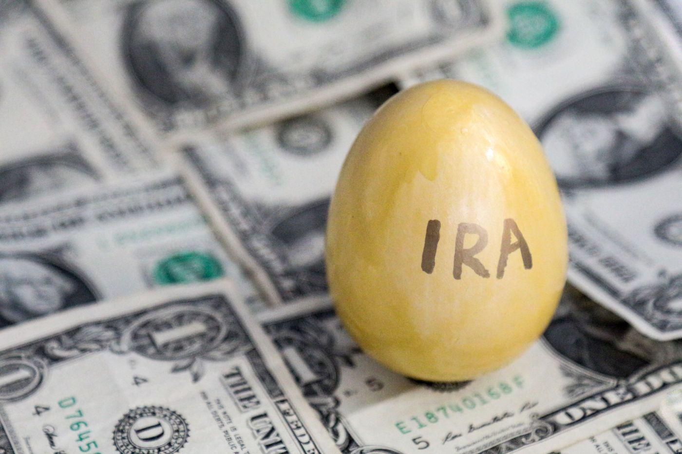 paying tax on IRA distribution